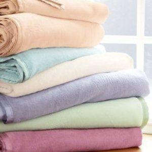 Soft Surroundings Perfection Sleeping Blanket NEW